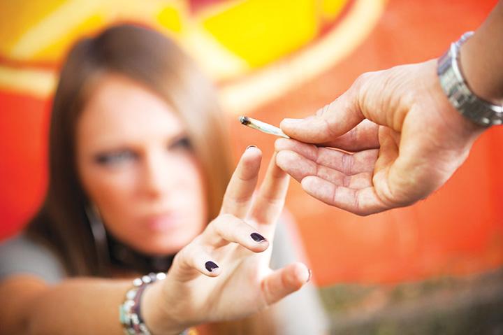 etnobotanice 2 ICCJ s a tampit: Cica nu e important furnizorul de droguri