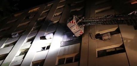incendiu Incendiu intr un bloc din Capitala. Imagini cu interventia pompierilor (VIDEO)