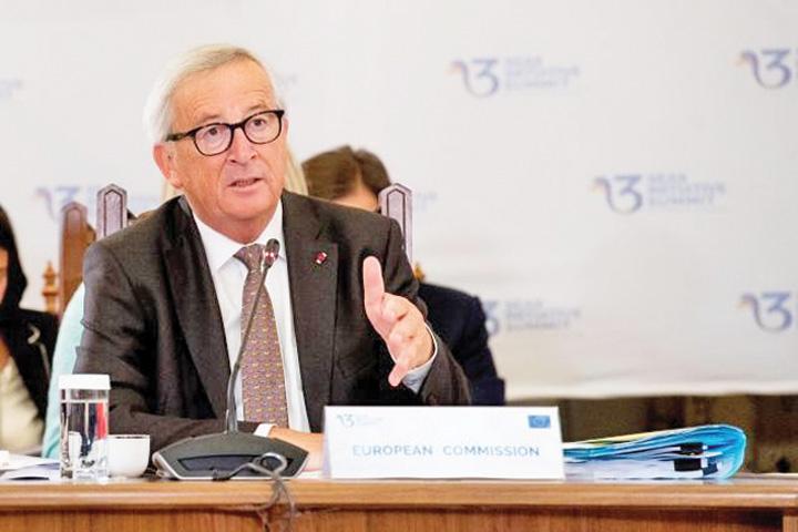 juncker bun Juncker: Europa trebuie sa respire cu doi plamani