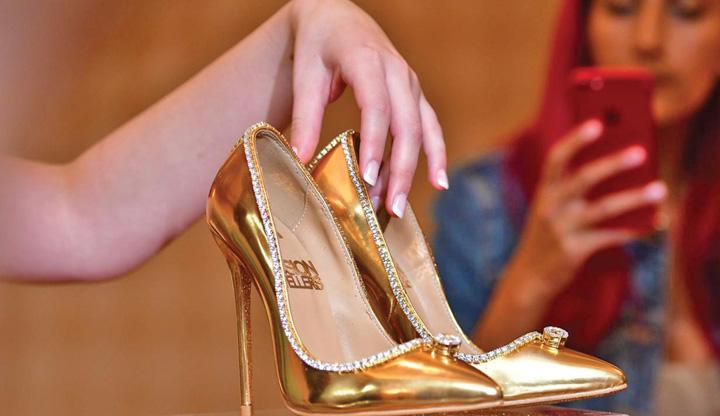 pantofi 3 17 milioane de dolari pe o pereche de pantofi