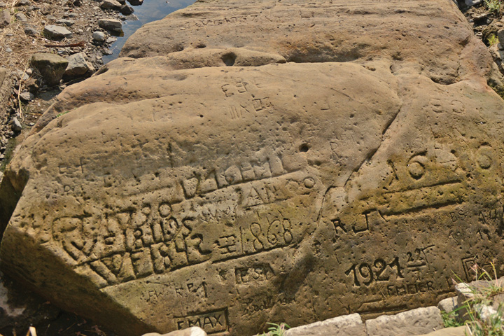piatra Pietrele foametei apar in Cehia