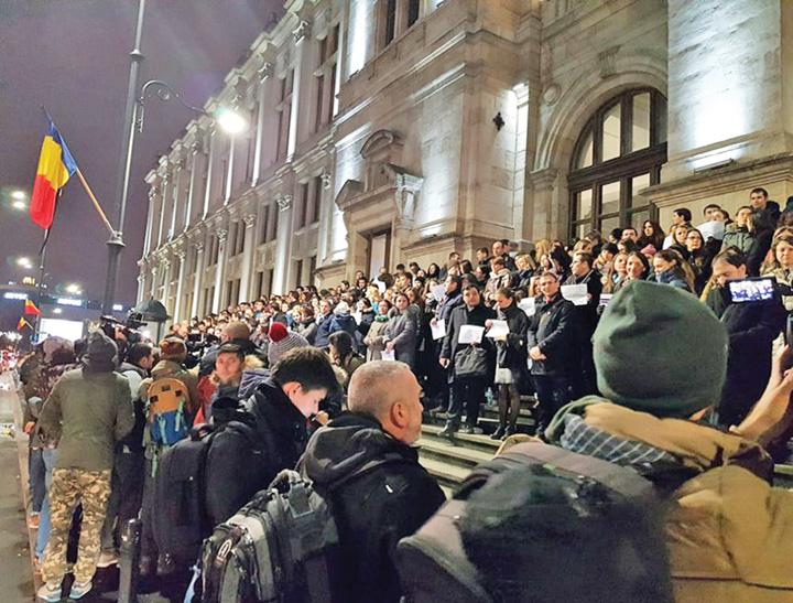 protest 2 Justitia lu peste: pentru ce protesteaza magistratii?