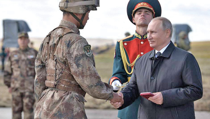 putin 2 Putin promite noi muschi armatei