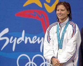 roxana maracineanu 1 350x281 O romanca a fost numita ministrul Sporturilor in Franta