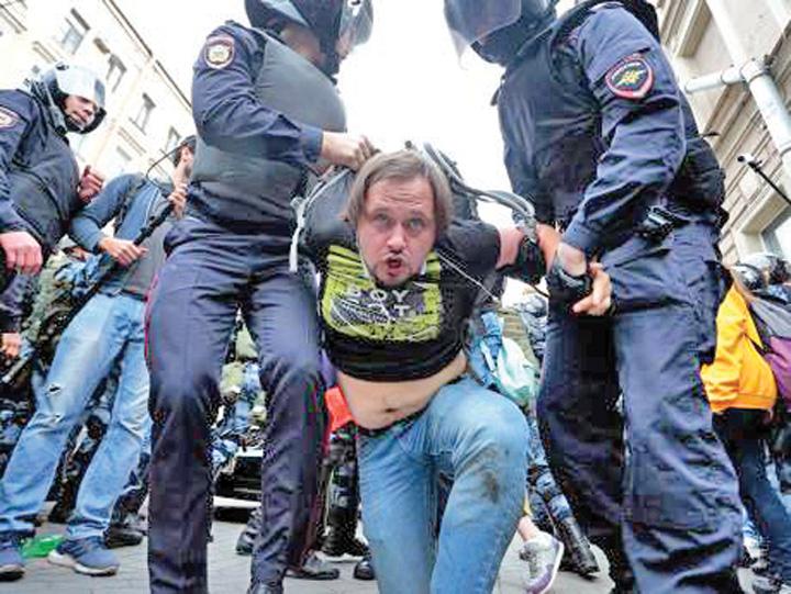 rusia3 #Rezist se muta in Rusia. Putin deschide puscariile