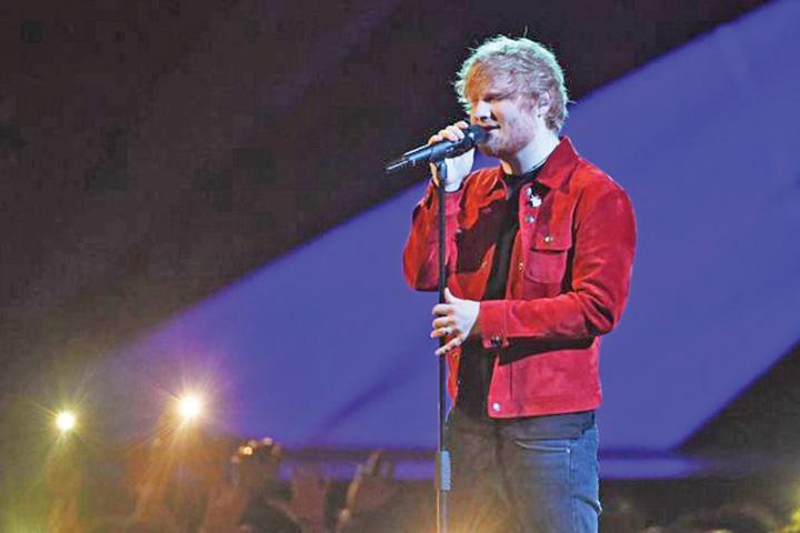 sheeran Premiera: Ed Sheeran va canta in Romania