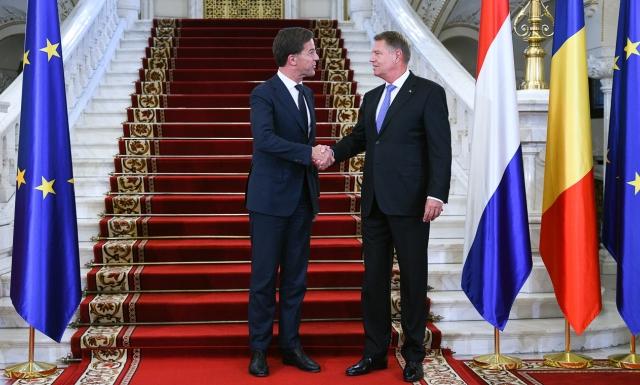 small primire pm olanda   12 sep 2018 1 Premierul olandez, discutii cu Iohannis inainte de a ajunge la Palatul Victoria