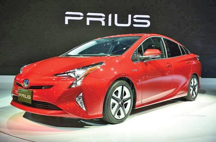 toyota Toyota recheama peste 1 milion de modele hibrid