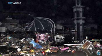 urmari seism 350x193 Peste 830 de morti in urma dezastrului din insula indoneziana Sulawesi (VIDEO)