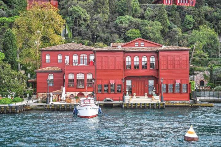 case 1 Turcii fac imobiliare cu cetatenie la pachet