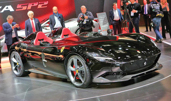 ferrari 2 499 de norocosi vor cumpara noul Ferrari Monza