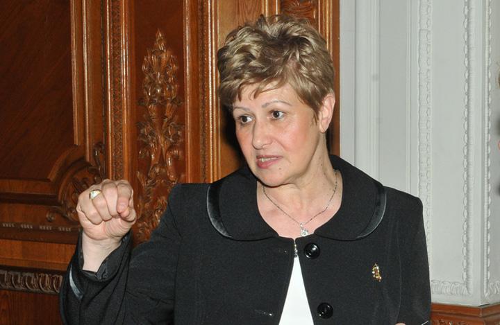 Livia Stanciu Scandal la CCR: Livia Stanciu, cu para la Ambasada SUA