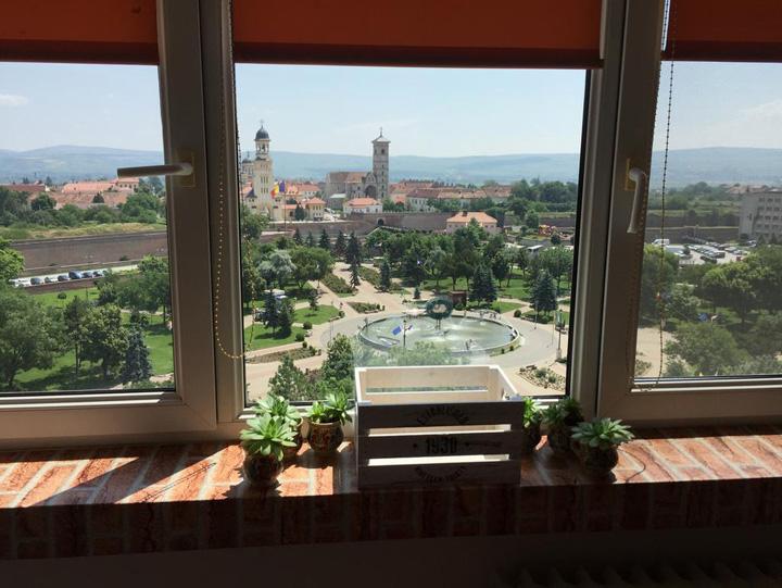 alba iulie Centenarul preturilor nesimtite la Alba Iulia