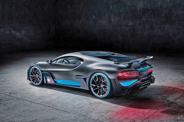 bugatti 1 Singurul Bugatti Divo care se mai poate cumpara
