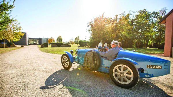 bugatti1 Boss ul Porsche, in vizita la Bugatti