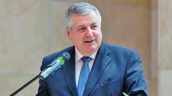 czukor Hellvig stie ce face SIE ungar in Romania?