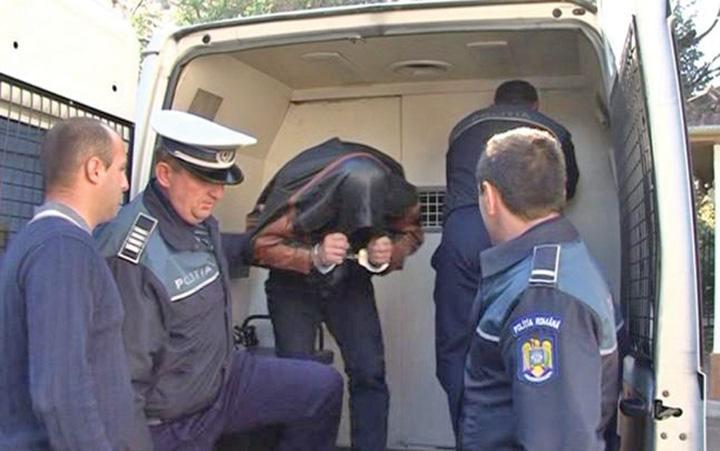 duba Prim procuror, vanator de politisti!