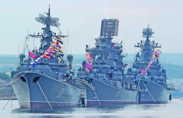 flota putin Putin trage cu gloante, Occidentul trage cu vorbe