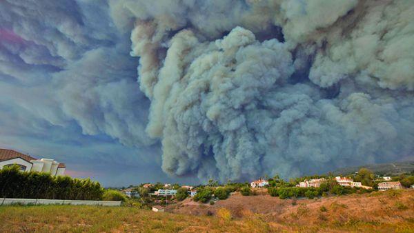 foc3 Incendii catastrofale in California