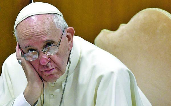 papa francisc Papa Francisc ne indeamna sa ne numaram pantofii