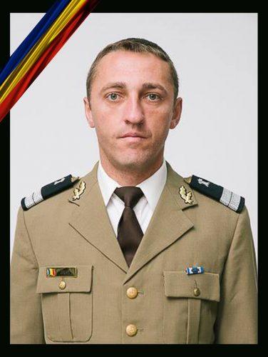 plutonier 376x500 Militarul care a murit in gara la Alba Iulia avea 33 de ani si era tatal unei fetite