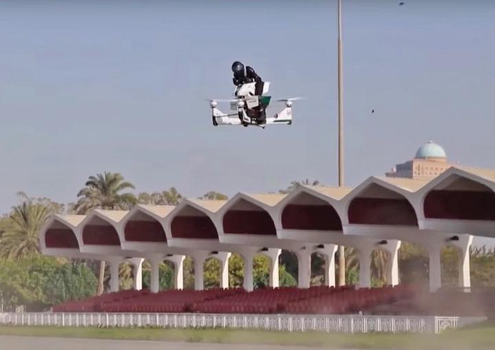 robocop 1 Politia din Dubai are motociclete zburatoare