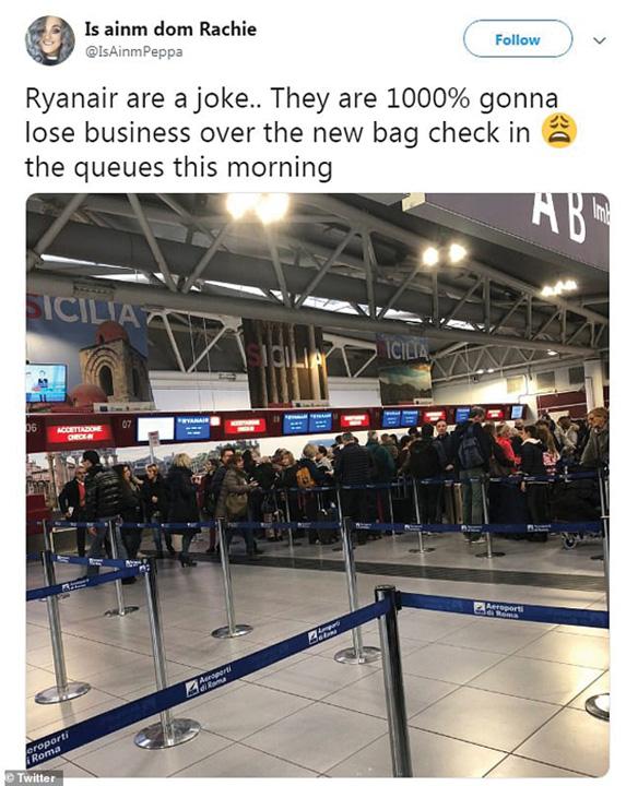 ryanair2 Ryanair isi trage iar un glont in picior