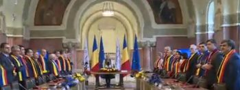 sedintasolemna 350x132 Dancila si ministrii, la Alba Iulia.Guvernul, sedinta solemna in orasul Marii Uniri (VIDEO)