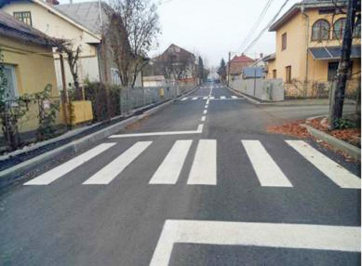 strada Strada din Romania cu 9 treceri de pietoni pe 300 de metri