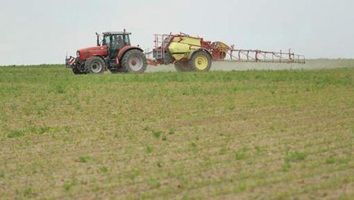 terenuri 80% din terenurile agricole europene contin pesticide