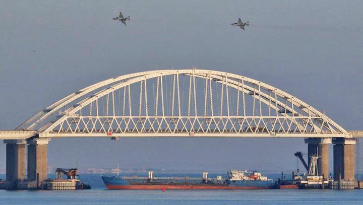 ucraina Porosenko si Putin se bat la apa mica