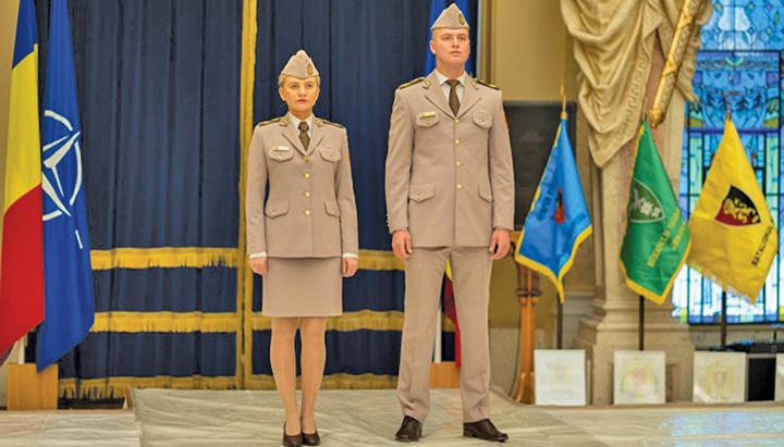 uniforme Uniforme noi pentru Armata Romana