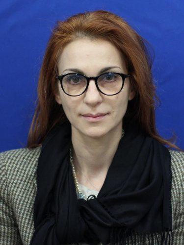 Moldovan Carmen 375x500 UPDATE. Vicepresedintele Camerei, Carmen Mihalcescu, la DNA: Am venit sa beau o cafea