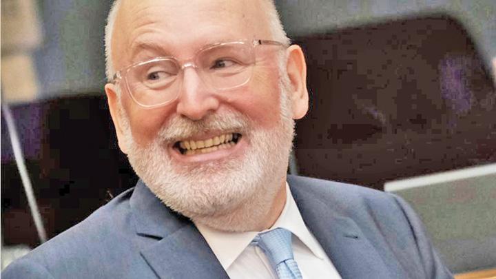 Timmermans Vocatia de sluga a lui Klaus Iohannis