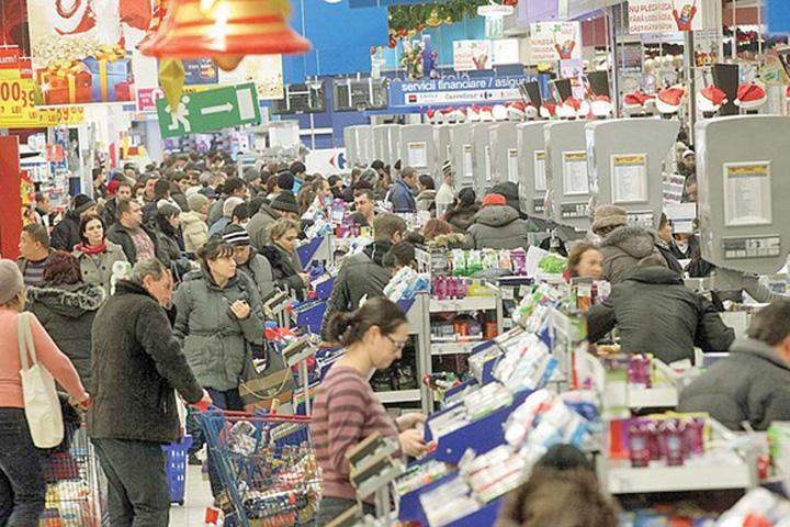 cumparaturi Febra cumparaturilor umfla panzele retailului romanesc