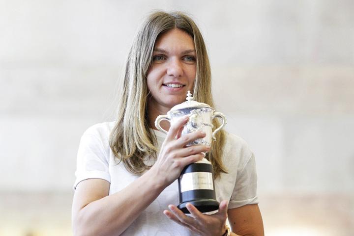 halep 1 Simona Halep, desemnata in premiera campioana mondiala de ITF