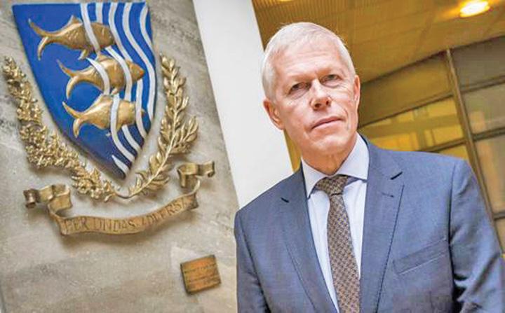 cap olanda Serviciile secrete olandeze umilesc Romania!