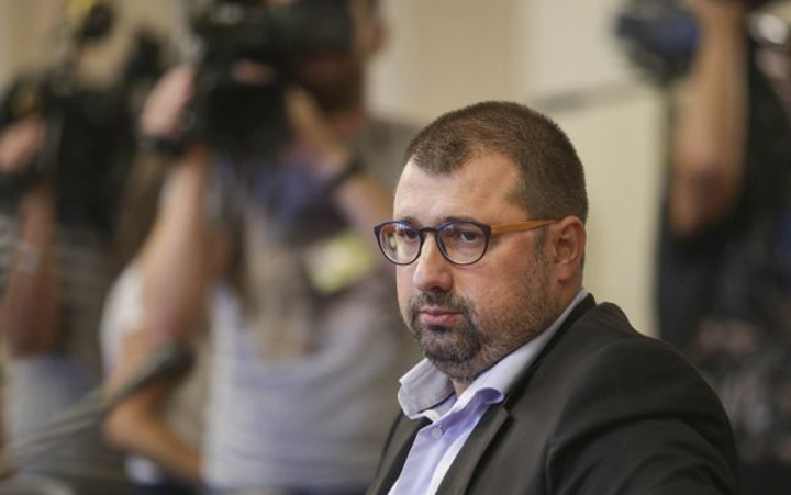 daniel dragomir Dragomir (ex SRI) si a tras partid