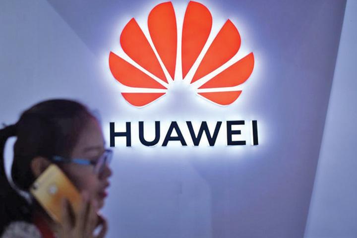 huawei Huawei, anchetat pentru furt de tehnologie
