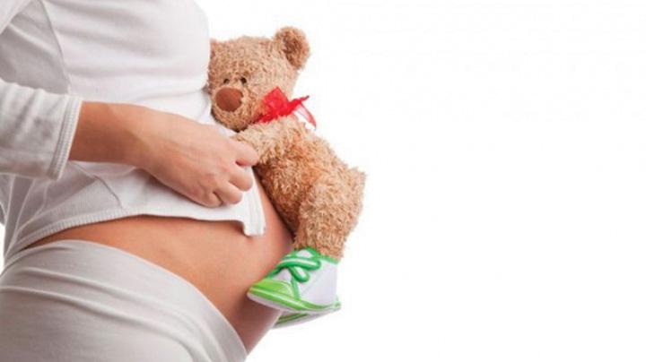 minore care nasc Halucinant! Aproximativ 20.000 de minore au devenit mame