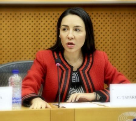 tapardel Europarlamentarul Claudia Țapardel: Nu vom accepta ca transportatorii români să fie sacrificati pentru interesul economic al statelor din Europa de Vest