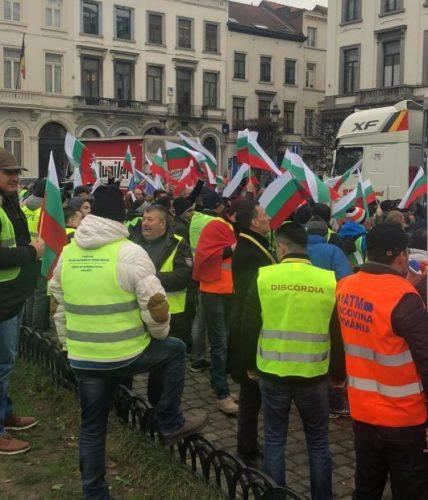transportatori 428x500 Europarlamentarul Claudia Țapardel: Nu vom accepta ca transportatorii români să fie sacrificati pentru interesul economic al statelor din Europa de Vest
