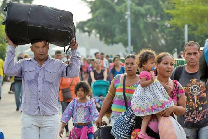 maduro 7 Maduro blocheaza ajutoarele umanitare pentru Venezuela