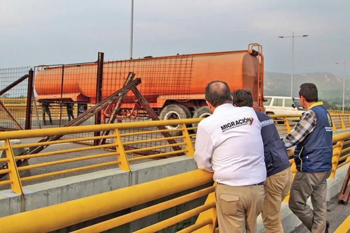 maduro bun 2 Maduro blocheaza ajutoarele umanitare pentru Venezuela