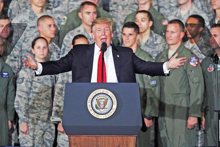 trump armata Trump catre soldatii americani: pregatiti va!