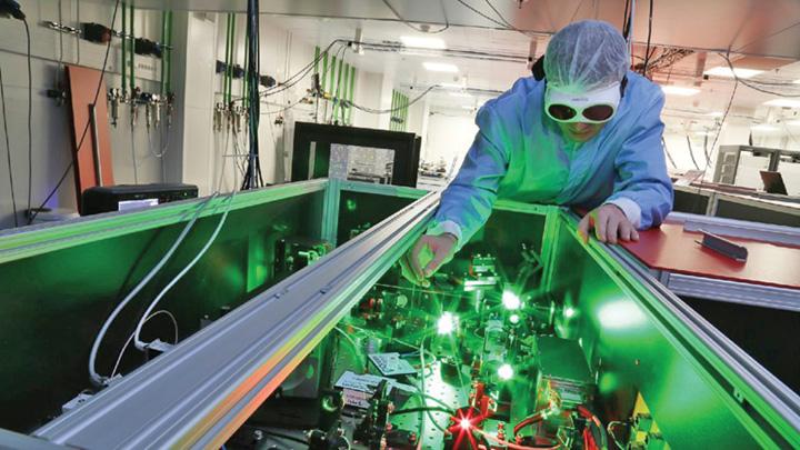 Laser ELI NP Magurele Romania 1170x658 1 Laserul de la Magurele, cea mai mare putere din lume