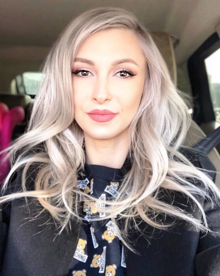 Andreea Balan - Fantezia de iarna (Official Video) - YouTube  |Andreea Balan