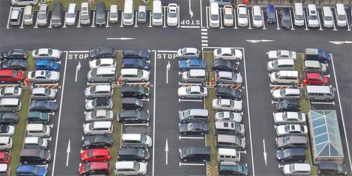 parcari Parcarile publice, folosite gratuit noaptea
