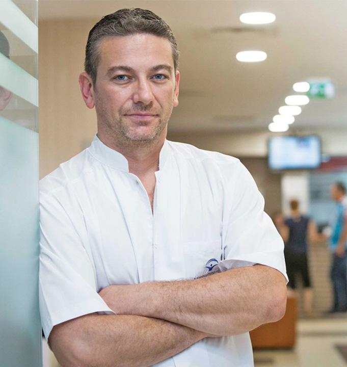 radu zamfir Doctorul Radu Zamfir, noul director al Agentiei de Transplant