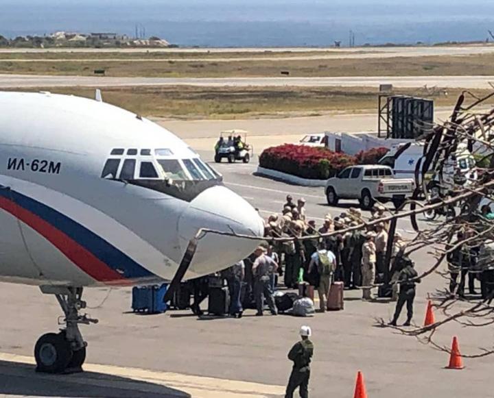 rusi venezuela Ce au adus rusii in Venezuela